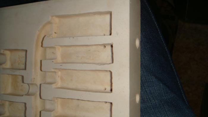 и в итоге 2 отвертия и 4 камеры имеют вентиляцию, такая же песня и с другого бок